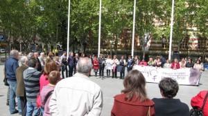 concentracion-Logrono-violencia-protagonizada-asociaciones_TINIMA20120503_0626_5