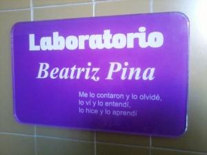 placaLaboratorioBeatrizPina